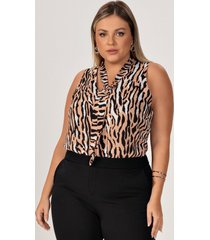 regata plus size animal print com gola laço