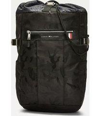 tommy hilfiger men's camo drawstring backpack black camo -