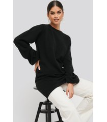 na-kd balloon sleeve knitted long sweater - black