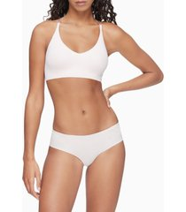 calvin klein women's invisibles comfort lightly lined bralette qf6548