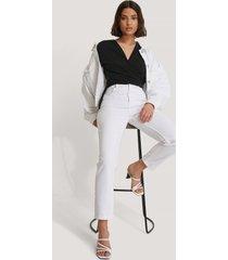trendyol mom-jeans med hög midja - white