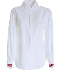 contrasterende embroidery shirt in wit
