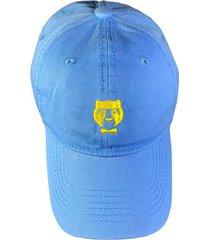 cachucha azul claro con logo amarillo prietto & co