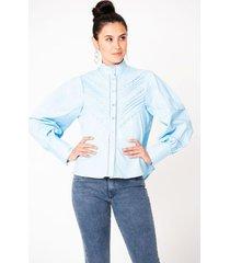 blusa inspiración victoriana cortes ojalillo