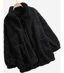cappotti con colletto rovesciato in pile