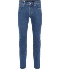 jeans jay crikey