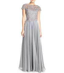 la femme lace & satin a-line gown, size 4 in platinum at nordstrom