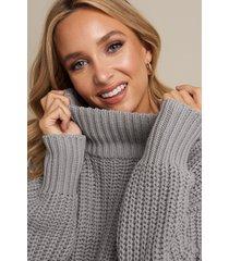linn ahlborg x na-kd chunky sweater - grey