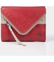 billetera twist de cuero para mujer grabado y taches metálicos