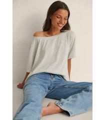 na-kd ekologisk t-shirt med en axel - grey