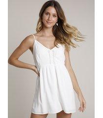 macaquinho feminino com textura e crochê alças finas off white