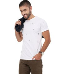 camiseta  blanca manga corta lec lee