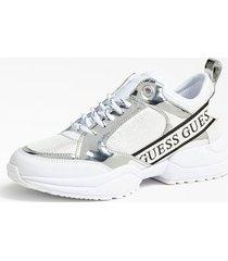 sneakersy z ozdobnymi wstawkami model breeta