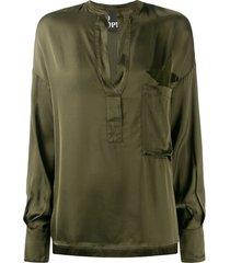 8pm military-style v-neck shirt - green