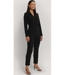 na-kd overlap collared long sleeve jumpsuit - black