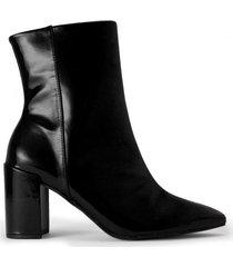 amaro feminino bota bico fino salto grosso, preto