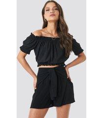 trendyol viscose waist bound shorts - black