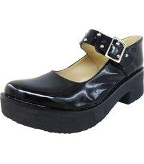 zapato negro  dulce noelia