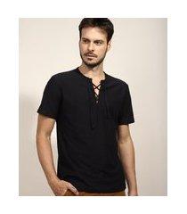 camiseta masculina com amarração manga curta gola v preta