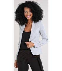 blazer feminino acinturado com bolsos cinza mescla