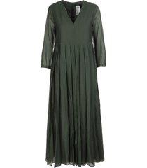green corolla dress