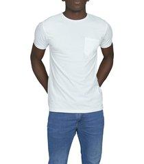 camiseta blanca luck & load cuello redondo con bolsillo