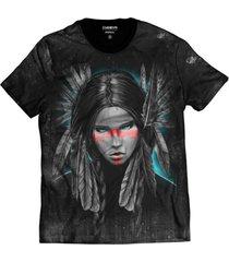 camiseta di nuevo masculina india tribo americana cores vivas grafite