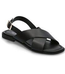 stb-bay cross l shoes summer shoes flat sandals svart shoe the bear