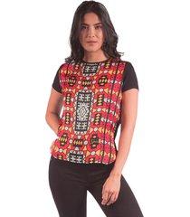 blusa adrissa estampado africano en mezcla de telas negra