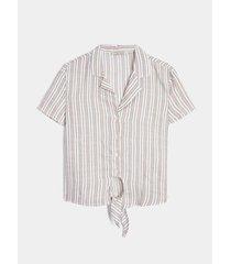 blusa estampado a rayas con anudado en frente