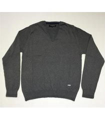 sweater gris prototype suit v