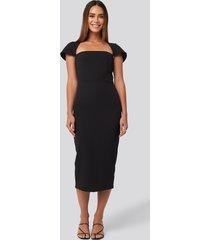 trendyol sleeve detailed midi dress - black