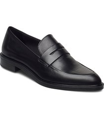 frances loafers låga skor svart vagabond