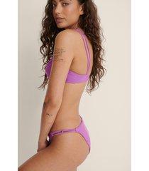 na-kd swimwear återvunnen bikini underdel med kedjelook - purple