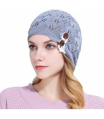 cappellino a maniche lunghe in lana con bottoni a caschetto