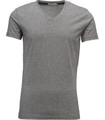 buck vn tee ss t-shirts short-sleeved grå calvin klein jeans