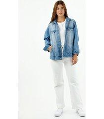 chaqueta de mujer, silueta trucker oversize, tono medio