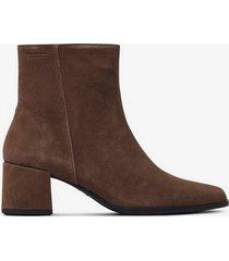 boots stina