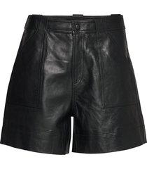 lamb leather shorts leather shorts svart ganni