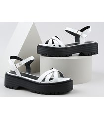 sandália feminina oneself flatform tratorada branca