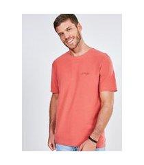 camiseta flamê com silk emborrachado strength