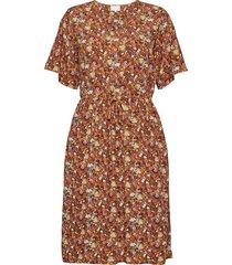 cesena dress knälång klänning brun minus