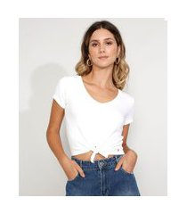 camiseta feminina cropped canelada com nó manga curta decote v off white