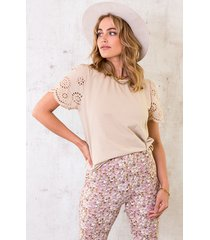 embroidery detail top beige