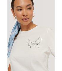 na-kd liten t-shirt med tryck - offwhite