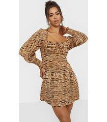faithfull the brand ira mini dress långärmade klänningar