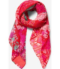 red scarf lujan - red - u