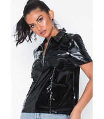 nly trend outstanding shiny tee t-shirts
