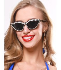 retro rhinestone catty eye sunglasses