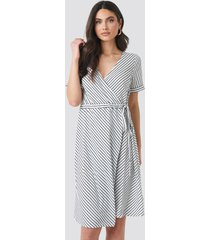 na-kd striped overlap dress - multicolor